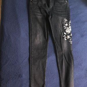 Zara Jeans - Black Jeans w/ Floral Design